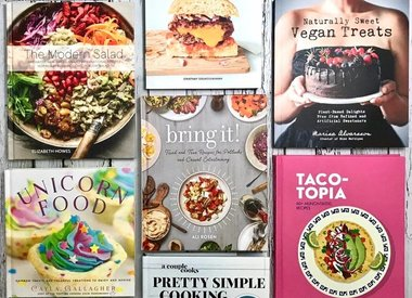 Kitchen / Cookbooks