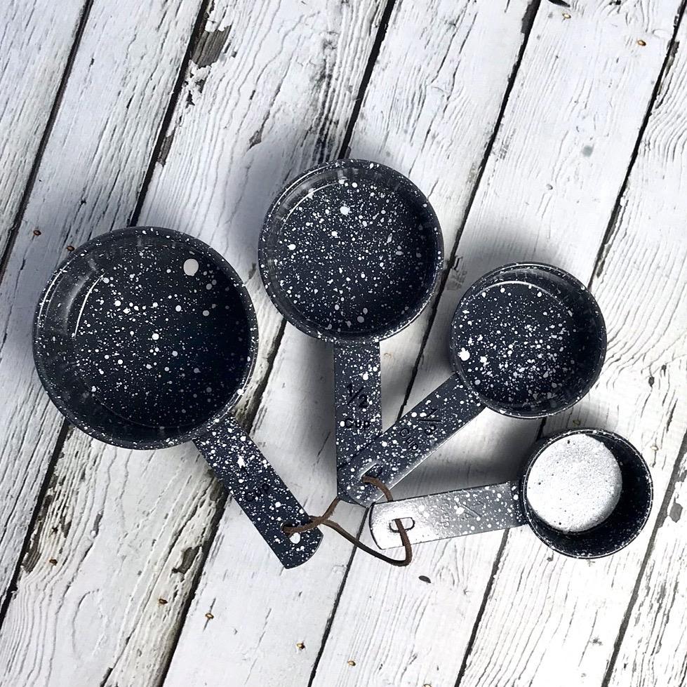 Enameled Splatterware Measuring Cups Grey