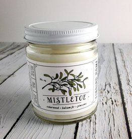 Mistletoe 7.5 oz Candle