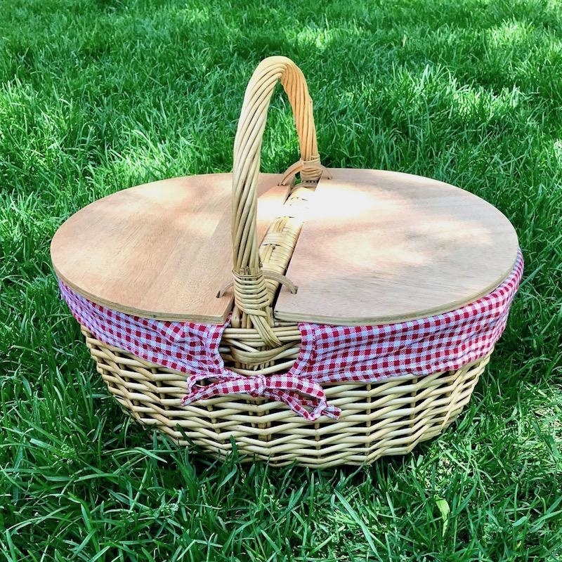 Red/White Country Picnic Basket