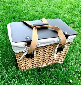 Canasta Wicker Picnic Basket