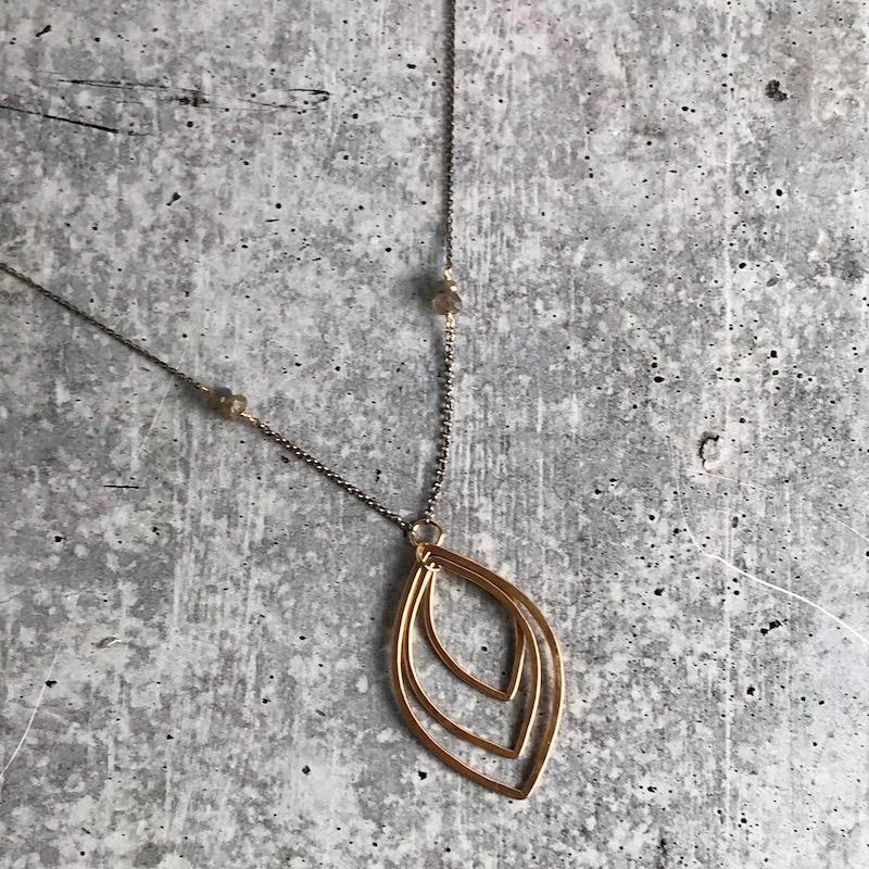 "Handmade 35"" 14kt Goldfill Leaf shape Necklace with 6mm Labradorite"