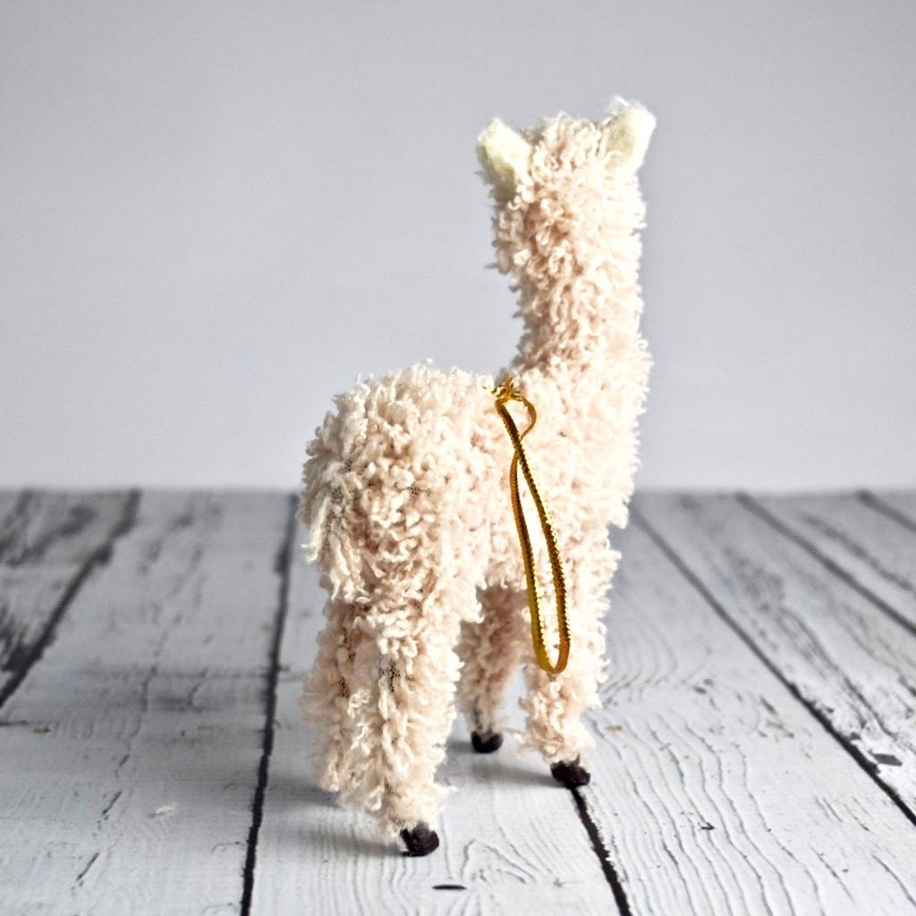 "5""H Furry Llama Ornament"