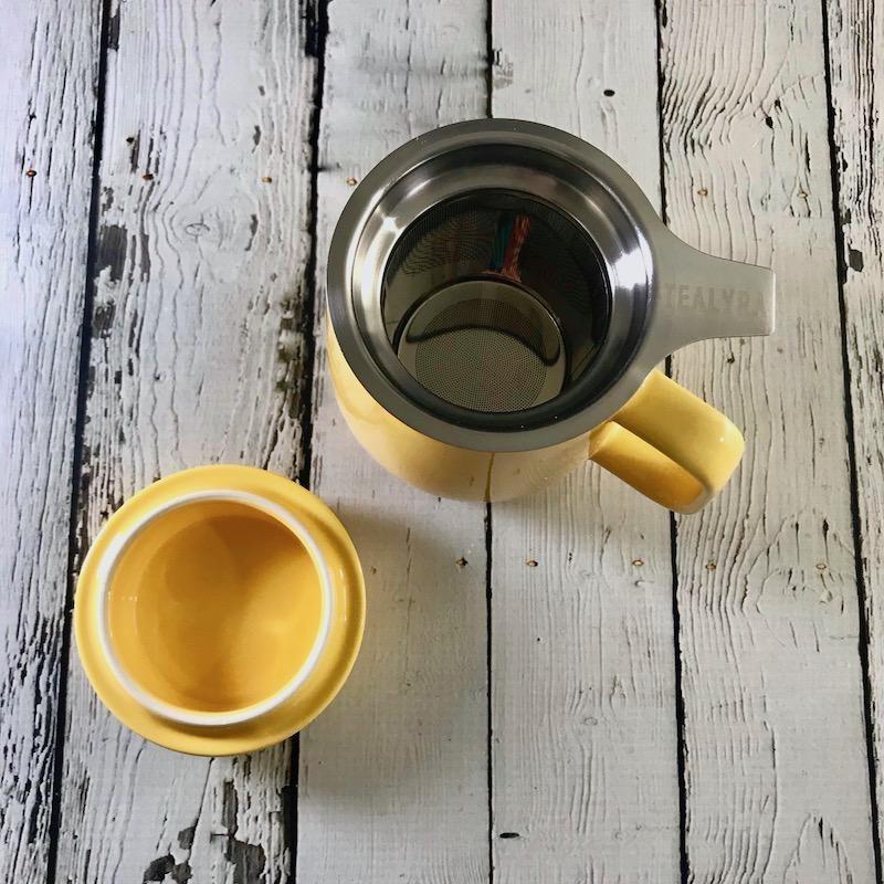 Yellow 13.5oz Mug with Infuser
