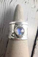 Sterling Silver Wide Hammered Band Ring with bezel-set Labradorite, Size 7