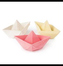 Oil&Carol Oli & Carol, Origami Boat