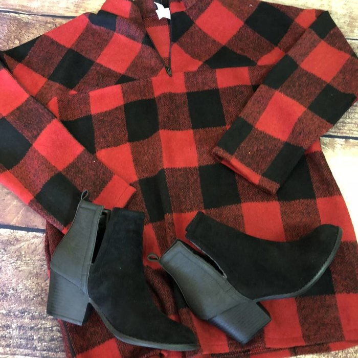Buffalo Plaid Pullover w/Pockets