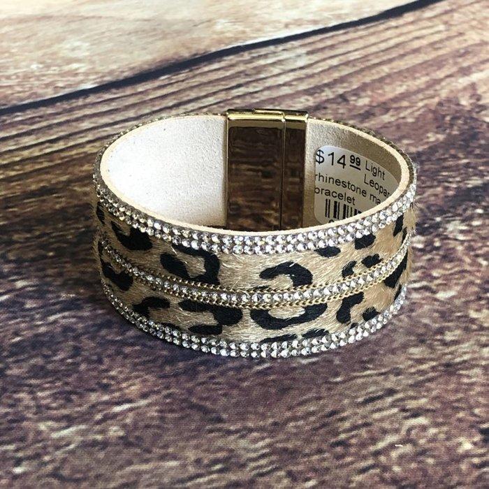 Wide Leopard Clear Rhinestone Magnetic Bracelet