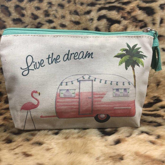 Live The Dream Zipper Bag