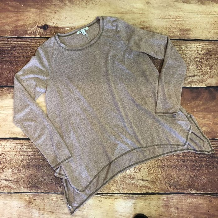 Light Mauve Long Sleeve Shark Bit Hem Top