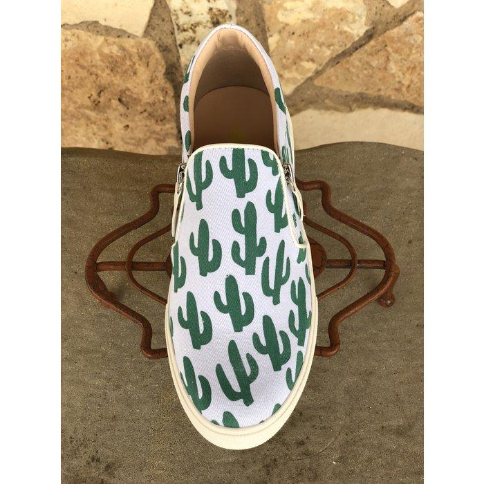 Double Zipper Cactus Print Sneaker