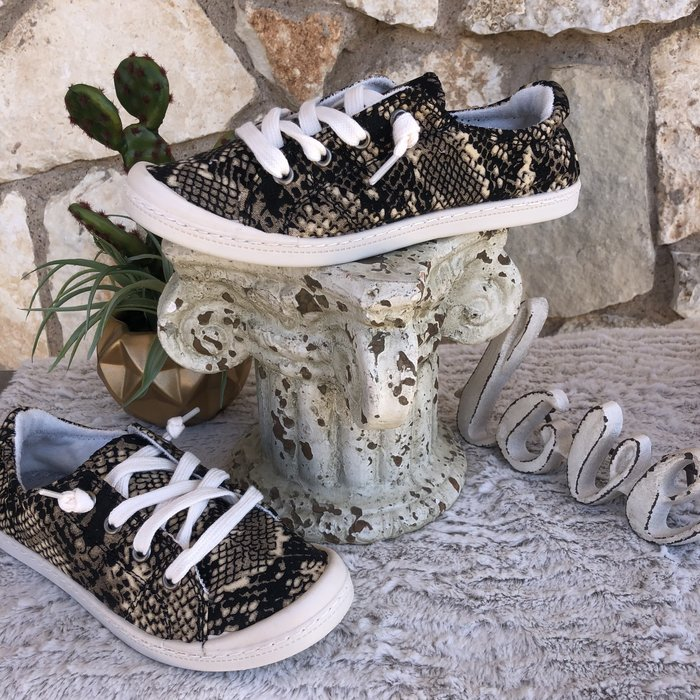 Snake Skin Comfort Tennis Shoes