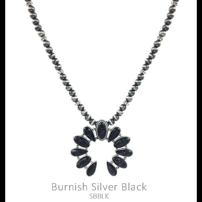 Black Small Squash on Silver Navajo Pearl Necklace