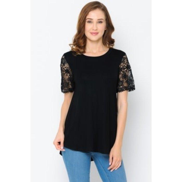 Plus Black Lace Sleeve Tunic