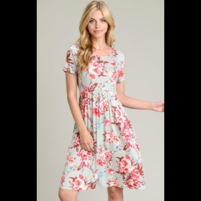 Sage Floral Short Sleeve Dress w/Pockets