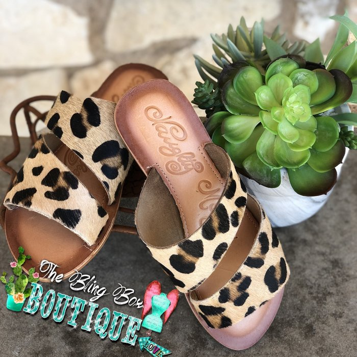Leopard Spirited Leather Sandals