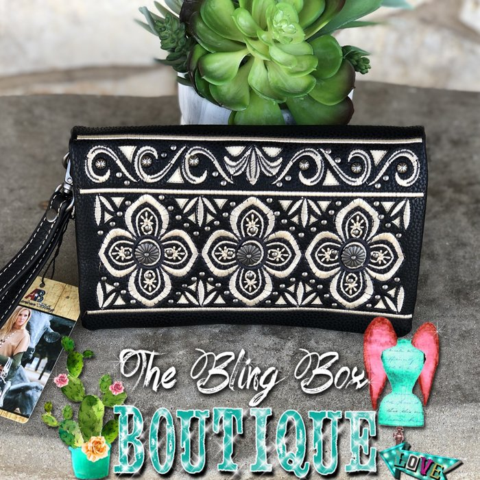 Boho Concho Ivory & Black Embroidered Bling Wristlet