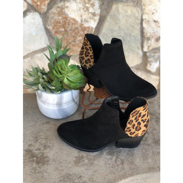 Kippi Black & Leopard Bootie