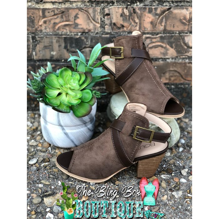 File Brown Suede Buckle Open Toe Heel