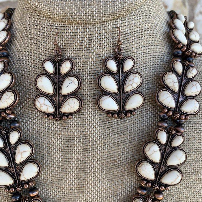 Bronze Cream Leaf Squash Necklace Set