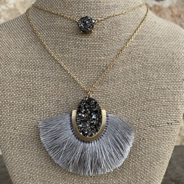 "18"" Double Layer Grey Druzy Fan Necklace"