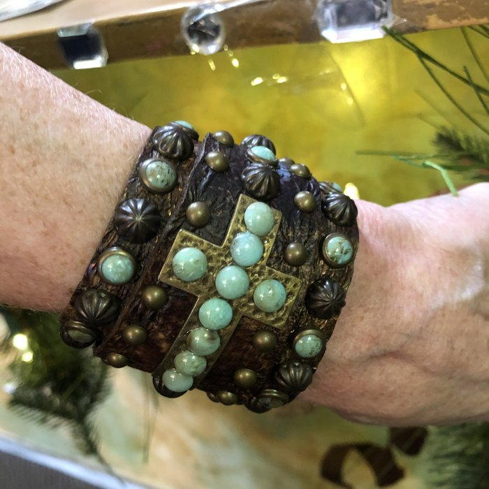 Handmade Swarovski Cross Snap Leather Bracelet - Turquoise Stone Brown