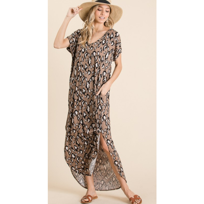 Leopard Print Over Sized V-Neck Maxi Dress w/Pockets