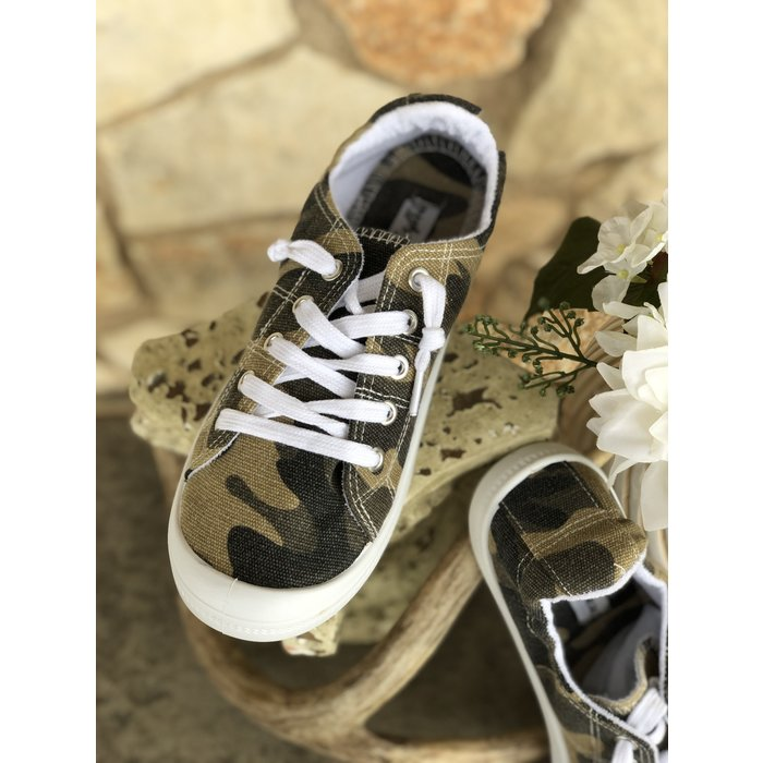 Gypsy Jazz Rori Camo Lace Up Sneakers