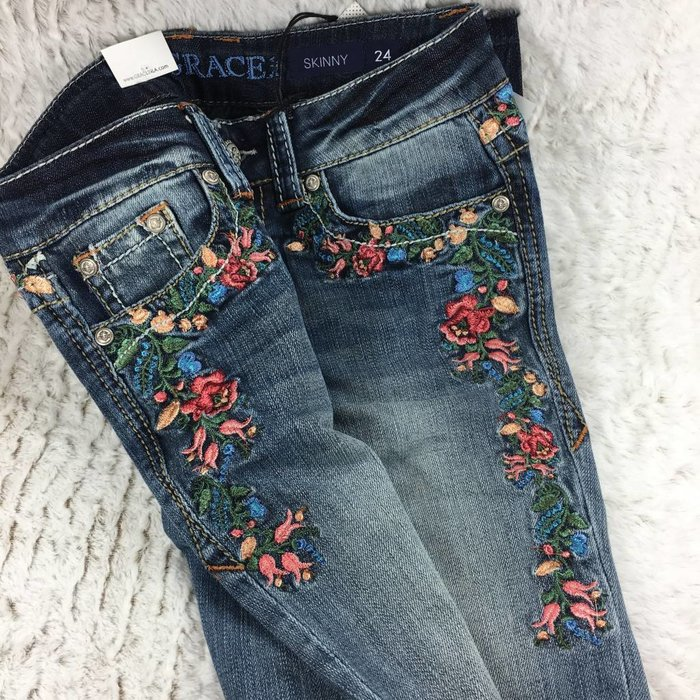 Skinny Rose Garden Embroidered Jeans