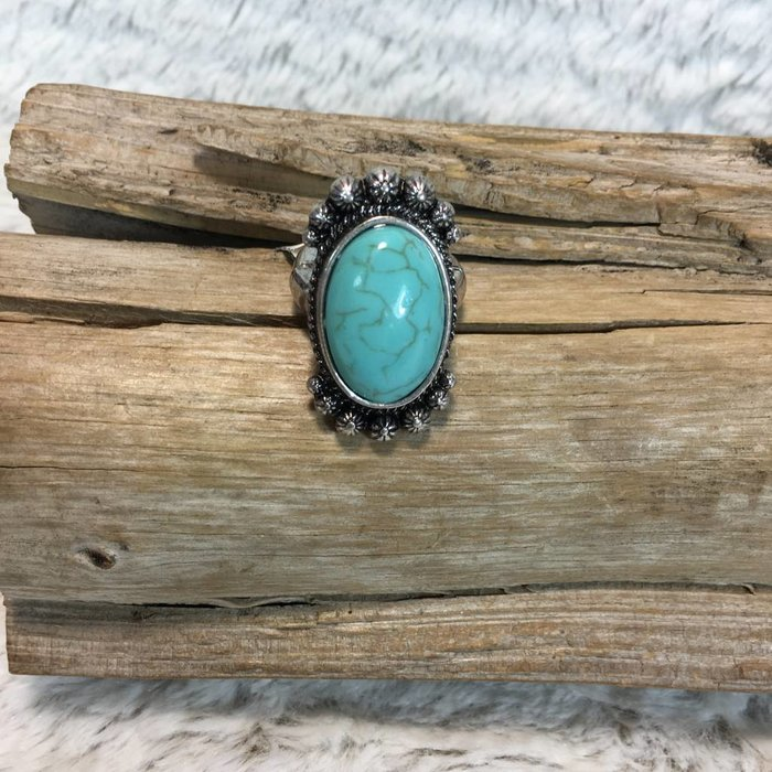 Turquoise Oval Stretch Ring