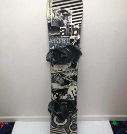 CONSIGN Men's Alibi Sicter Snowboard 153cm w/ Ride LX Bindings