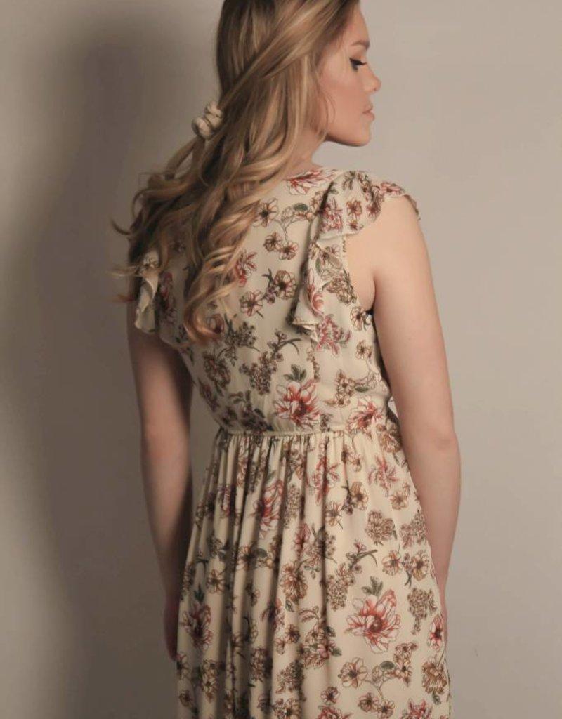 Floral Printed Maxi Dress w/ Ruffles