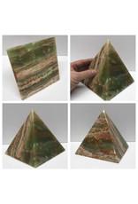 Stone Onyx Pyramid 6in