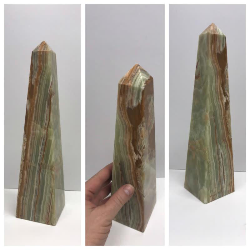 Stone Onyx Obelisk 12in