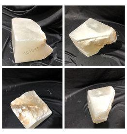 14lb Mario's White Translucent Alabaster 6x6x7 #101091