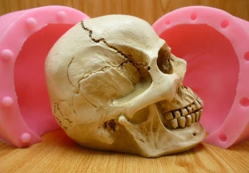 Silicone Mold Skull (2 part)