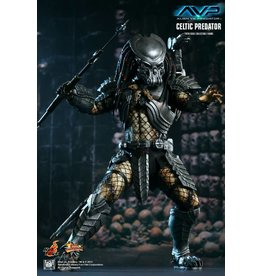 Sideshow Collectibles Celtic Predator Hot Toys Statue