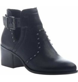 NICOLE KELBY ANKLE BOOT (TWO COLORS)