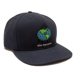 917 917 WORLD HAT