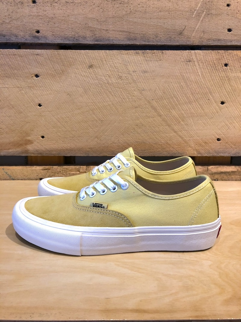 VANS VANS AUTHENTIC PRO - PALE BANANA