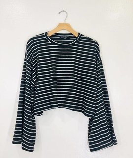 Audrey 3+1 Emma Flare Sleeve Crop Sweater