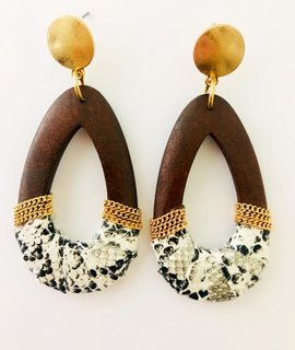 Fashionistar Wooden Snake Teardrop Earring