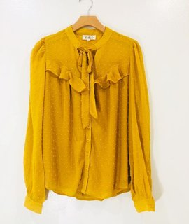 Listicle Listicle Kitty Tie Blouse