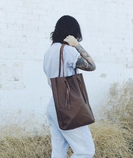 Wild Wanderer Design Wild Wanderer Design Brown Leather Large Tote w/ Pocket
