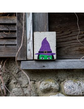 PEEKING WITCH- BLOCK