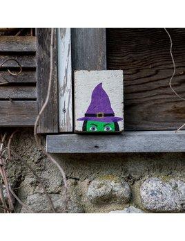 White Tumbling Block, Peeking Witch
