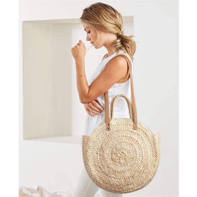 TOTE BAG WOVEN LARGE CIRCLE STRAW TOTE BAG IN NATURAL