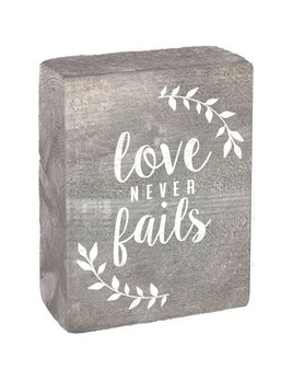 Grey Wash Tumbling Block, White Love Never Fails