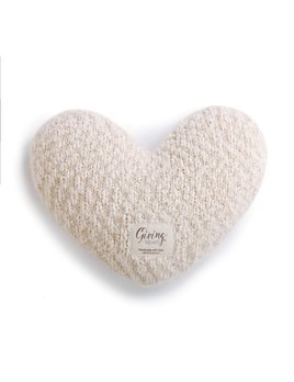 PILLOW Cream Giving Heart