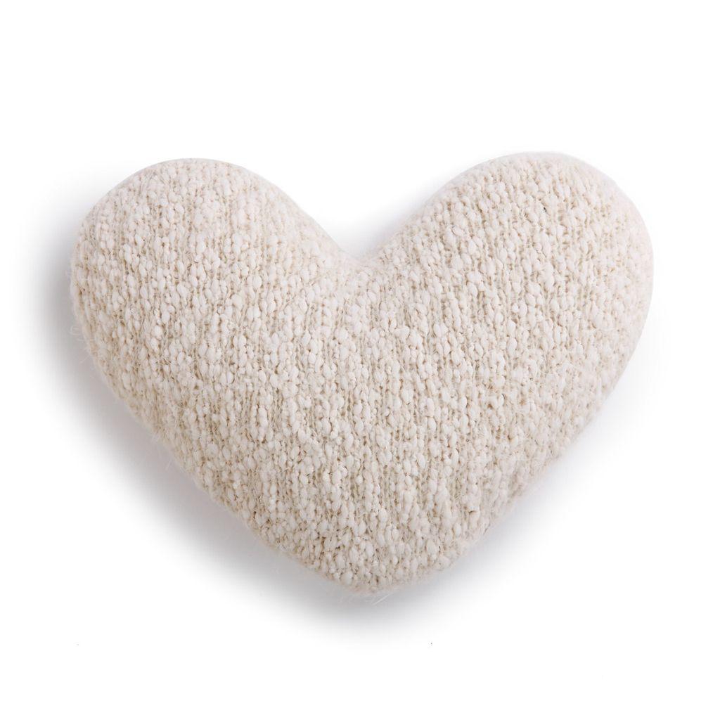 PILLOW Cream Giving Heart